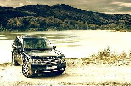 Range Rover (by Dragos Borcanea)