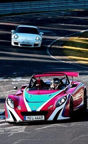 Lotus 2-Eleven & Porsche 911 GT3 RS
