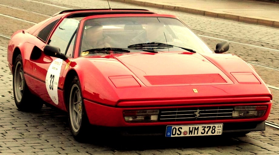 87 Ferrari 328 GTS