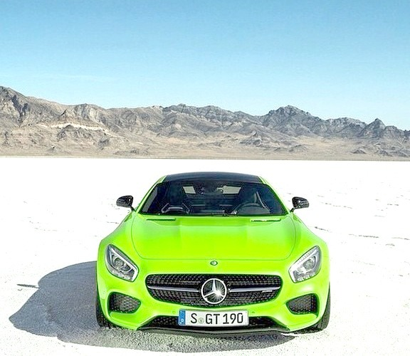 Mercedes-Benz AMG GT (Instagram @mbusa)